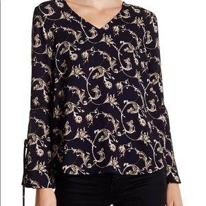 ANTHROPOLOGIE | Ro & De navy blouse size A